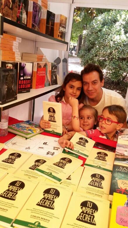 Feria del libro con Lucia, Alba y Marcos